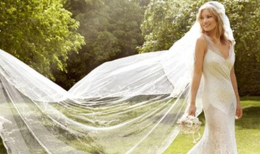 Ngắm nhìn những bộ váy cưới lộng lẫy mùa cưới 2016