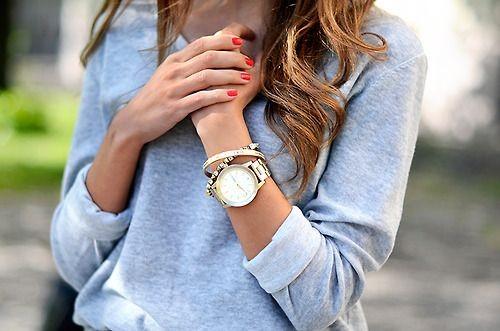 Kết quả hình ảnh cho kết hợp đồng hồ đeo tay