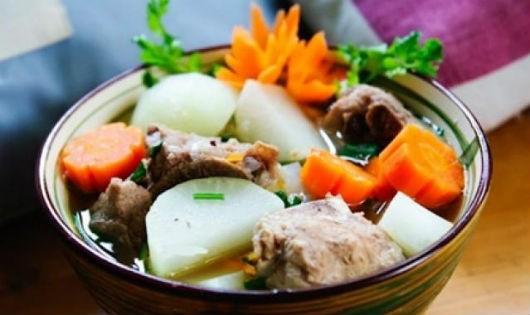 Củ cải hầm xương ngon ngọt đưa cơm