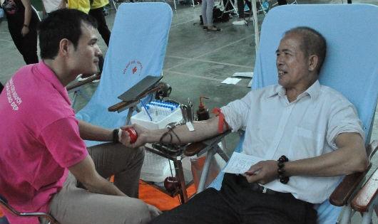 Trưởng thôn xin 'từ chức' để đi hiến máu tình nguyện