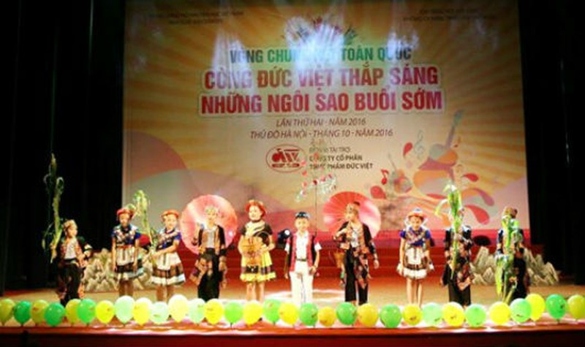"""200 trẻ tranh tài """"Cùng Đức Việt thắp sáng những ngôi sao buổi sớm"""""""