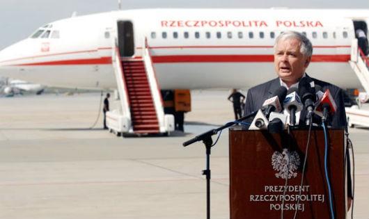 Ba Lan:  Khai quật mộ cố tổng thống để điều tra