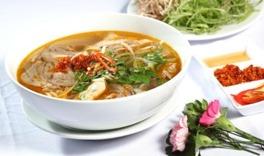 """Món ăn Huế đạt Kỷ lục châu Á sẽ được """"trình diễn"""" tại Hà Nội"""