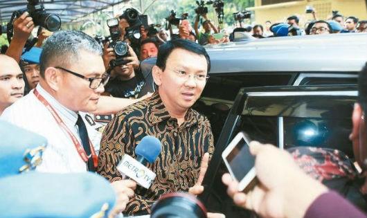 Basuki Tjahaja Purnama sau khi bị cảnh sát thẩm vấn