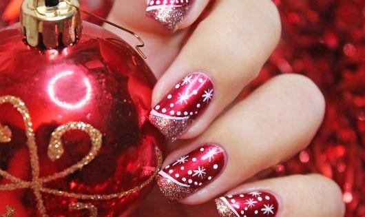 7 mẫu nail đẹp trong tiệc giáng sinh bạn nên thử