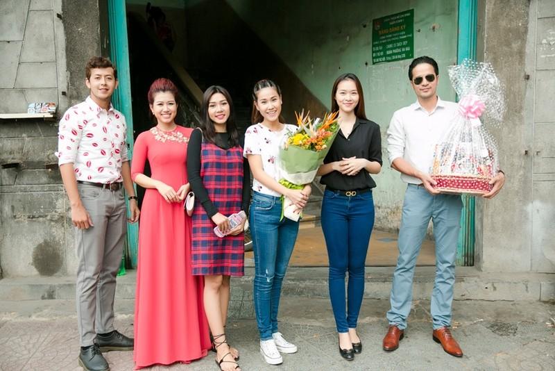 Diệp Bảo Ngọc ngưỡng mộ tổ ấm của NSƯT Mạnh Dung - Thanh Dậu