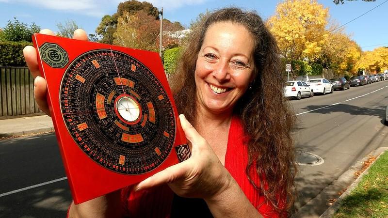 Bậc thầy phong thủy người Melbourne (Australia), Jodi Brunner