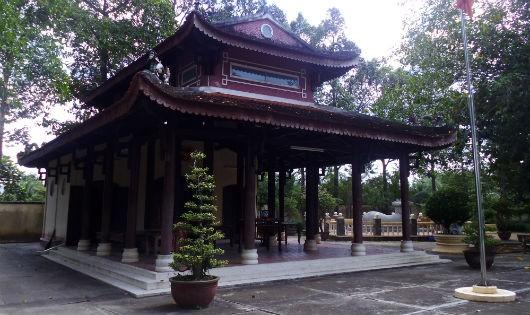 Đền thờ cụ Nguyễn Hữu Huân (Ảnh: Đỗ Minh Tiến)
