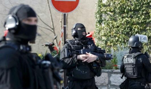 Nguy cơ bom thư đe dọa khủng bố châu Âu