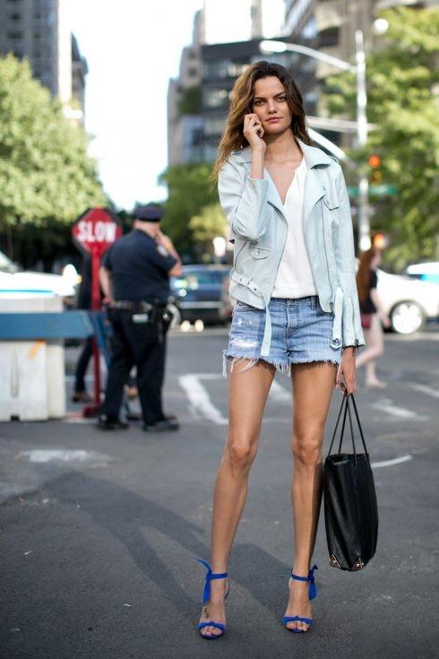 ELLE Style Calendar: Quần short jeans (4/04 - 11/04) - ELLE VN