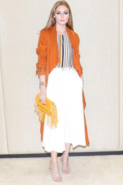 Tham dự buổi khai trương của BCBG và Longchamps, Oliva Palermo duyên dáng với đầm dệt kim Jacquard của Zara.