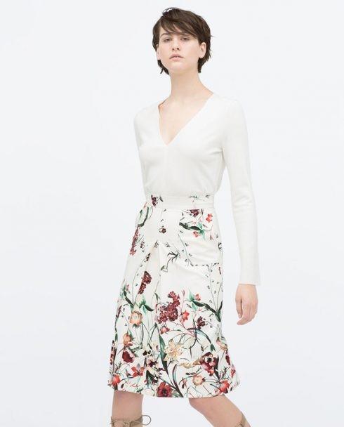 Váy in họa tiết hoa