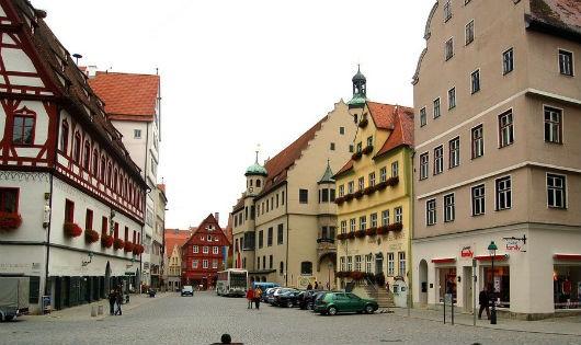 Thị trấn Nördlingen ngày nay.
