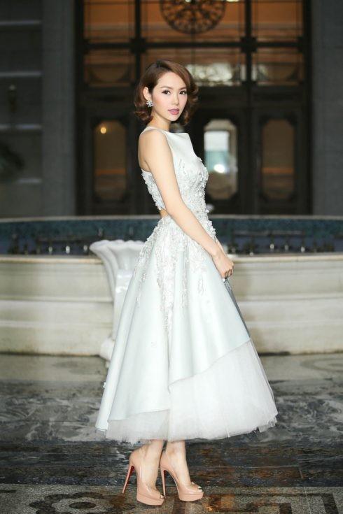 Phong cách thời trang của Minh Hằng - 16