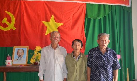 Trò chuyện cùng một số cựu chiến binh thôn Đoàn Kết 1