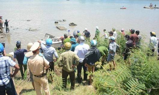 Phú Yên: 5 người chết đuối, thủy điện nói: xả đúng quy trình?