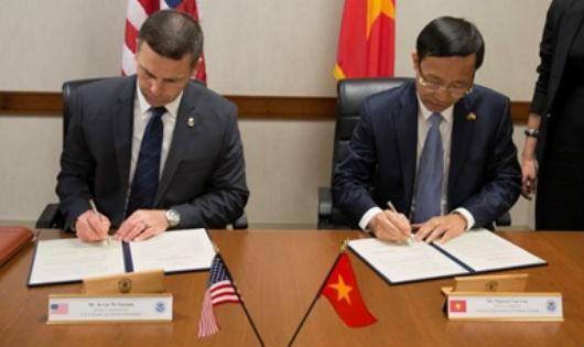 Hải quan Việt Nam và Hải quan Hoa Kỳ ký Ý định thư về thúc đẩy và hoàn tất đàm phán Hiệp định hợp tác hải quan
