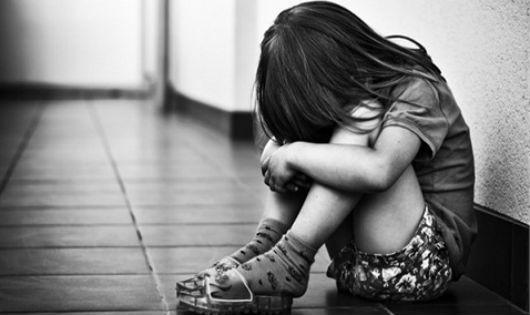 Hà Nội: Cháu bé 3 tuổi bị tổn thương vùng kín sau khi đi học về