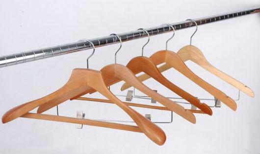 Cách hay sử dụng móc treo quần áo có thể bạn chưa biết