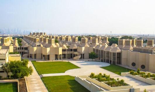 """Biết """"vàng đen"""" sớm muộn sẽ cạn kiệt, Qatar đầu tư cho giáo dục"""