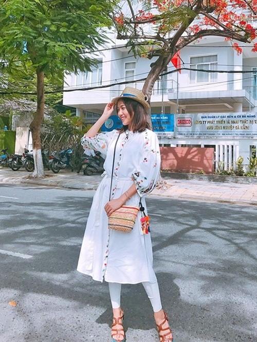Sao Việt đua nhau dùng túi cói