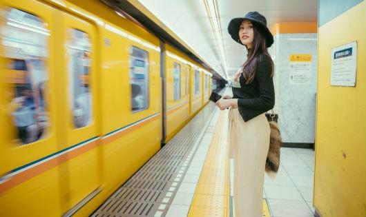 Quỳnh Châu với street style nổi bật trên đất nước Nhật Bản