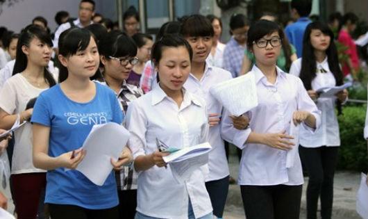 Hàng ngàn sinh viên ĐH Luật TPHCM, ĐH Bách khoa Hà Nội... bị buộc thôi học