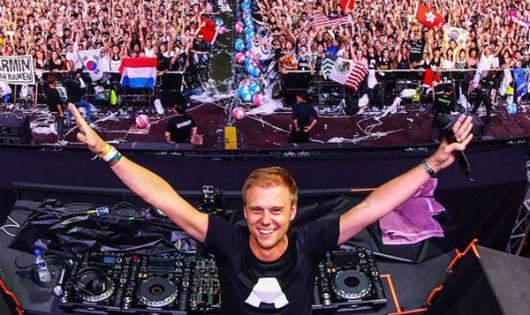 """Armin van Buuren được mệnh danh là """"huyền thoại"""" của làng EDM quốc tế"""