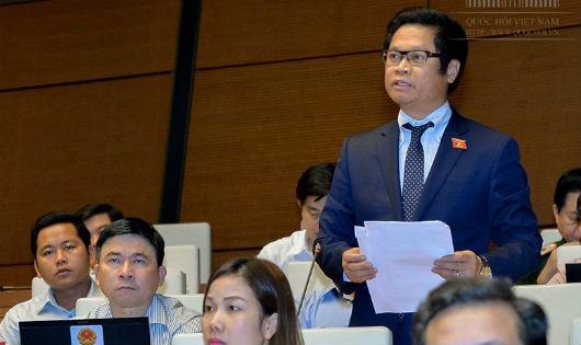 Đại biểu Quốc hội  Vũ Tiến Lộc (Thái Bình) phát biểu ý kiến