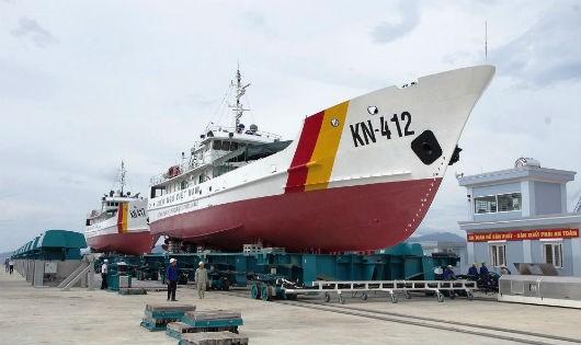Nhà máy X52, Cục Kỹ thuật Hải quân sửa chữa hai tàu Kiểm ngư