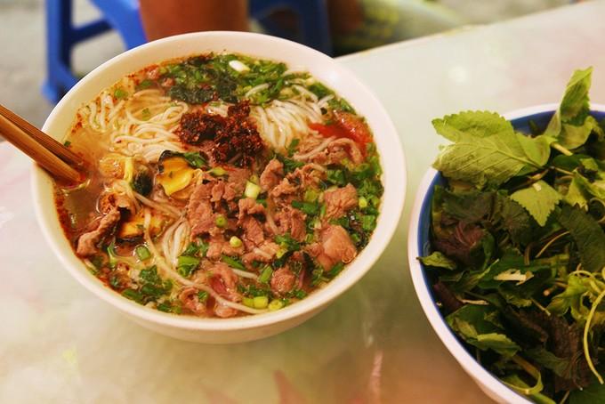 Ba món ngon cho bữa trưa lang thang phố cổ Hà Nội