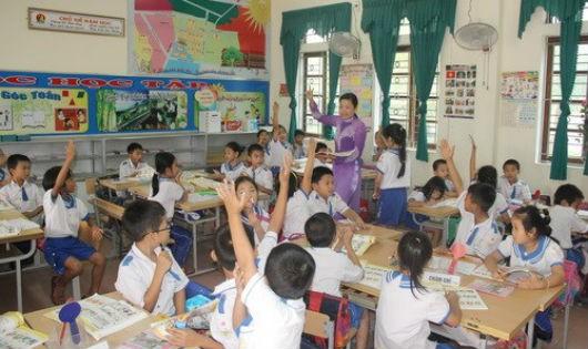 Giáo viên cần được yên tâm để sống với nghề. Ảnh minh họa