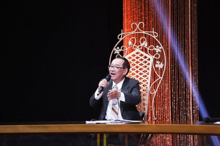 Giam khao Han Chau (2)