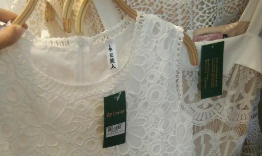 """Thị trường thời trang Việt: """"Nhiễu sóng"""" vì """"thương hiệu"""""""