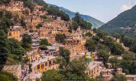 """Chuyện ngôi làng """"không mái"""" ngàn năm tuổi ở Iran"""
