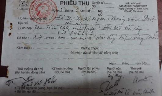 """Văn Lâm, Hưng Yên: Trưởng thôn """"ngang nhiên"""" dùng giấy có dấu Đảng ủy thu tiền """"chôn cất"""""""