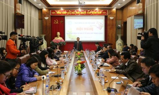 Ông Phạm Lương Sơn cho biết, Bộ LĐ-TB&XH và BHXH Việt Nam đã trình Chính phủ đề xuất phương án áp dụng lộ trình tính lương hưu để giảm thiệt thòi cho lao động nữ