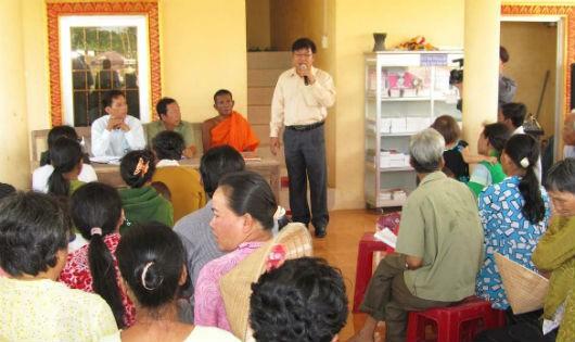 Một buổi tuyên truyền pháp luật cho người dân ở thị trấn Hộ Phòng, huyện Giá Rai, Bạc Liêu