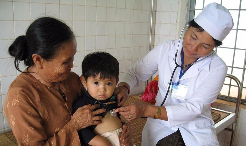 Tăng cường truyền thông về bảo vệ, chăm sóc sức khỏe nhân dân