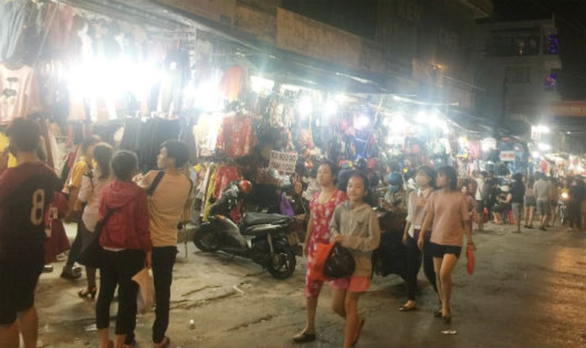 Một góc chợ đêm Bắc Ninh, Thủ Đức