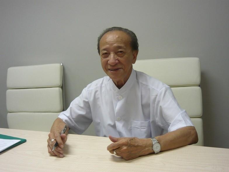 Giáo sư Nguyễn Tài Thu