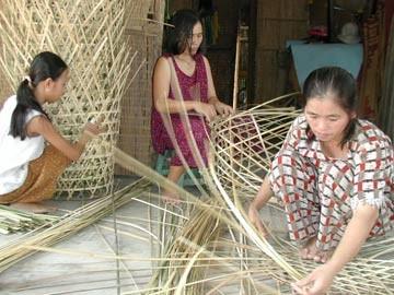 Lao động nông thôn mới chỉ được học nghề dạng thí điểm mà chưa có thực chất