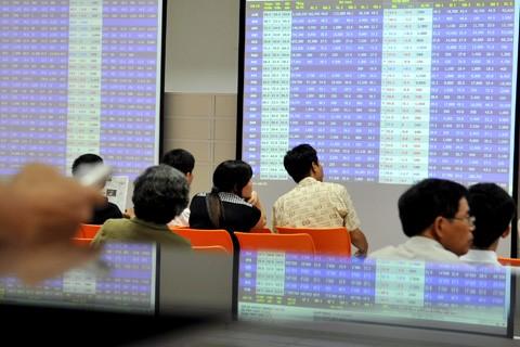 Theo lãnh đạo nhiều công ty chứng khoán, sau Tết, thị trường sẽ tiếp tục tăng điểm. Ảnh: Hoàng Hà