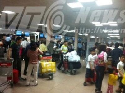 Lỗi mạng khiến cho hành khách tại sân bay Tân Sơn Nhất nhốn nháo