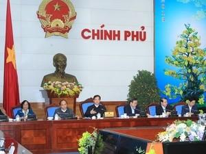 Thủ tướng Nguyễn Tấn Dũng chủ trì cuộc họp Thường trực Chính phủ với các bộ, ngành Trung ương.