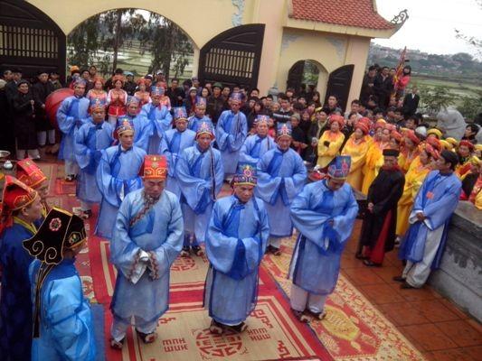Lễ tế Quận công Nguyễn Đình Diễn mỗi năm đều tổ chức một lần để khai hội