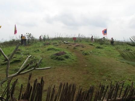 Huyệt đạo Quốc gia trên đỉnh Ngàn Nưa