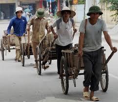 Dịch vụ cho thuê lao động thời vụ hiện rất được các doanh nghiệp xây dựng ưa chuộng