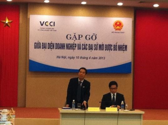 Ông Tô Anh Dũng- Tân Đại sứ Việt Nam tại Canada, Trưởng đoàn Đại sứ phát biểu