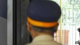 Một cảnh sát Ấn Độ.
